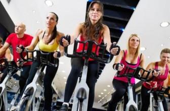 10 choses à savoir sur la pratique du vélo stationnaire en salle de sport